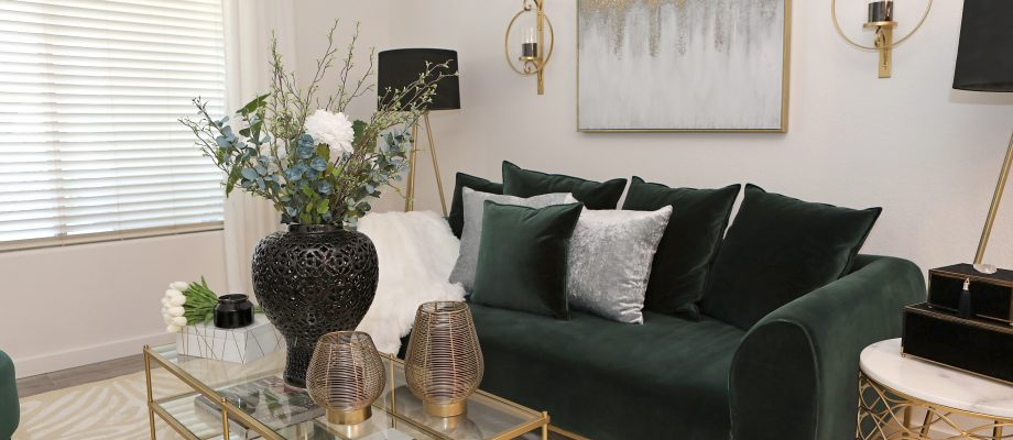 Choosing The Right Decor Account For You